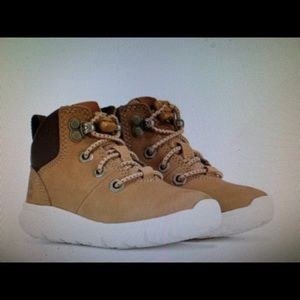 TODDLER BOYS TIMBERLAND BOOTS SIZE 10 NEW!